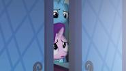 S06E25 Trixie i Starlight podglądają podmieńce
