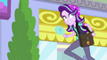 Starlight Glimmer runs away with the mirror EGS3.png