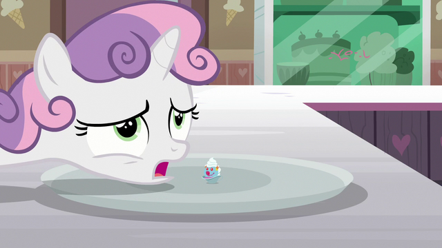 """File:Sweetie Belle """"I remember it being much bigger"""" S7E6.png"""