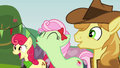 The Apples cheering S3E08.png