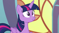 Twilight Sparkle pleasantly surprised S8E2