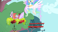 Celestia flying away S1E15