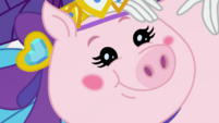 Close-up on Applejack's pig in Rarity's yearbook EGDS4