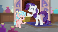 Cozy Glow holding a stack of flyers S8E16