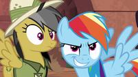 Daring Do confused; Rainbow Dash smirking S6E13