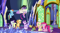 Discord leaves via dimensional curtain S9E1