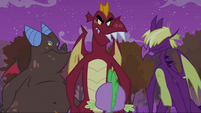 Dragons in front of Spike S2E21