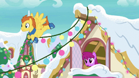 Pegasus hangs lights over Berryshine's house MLPBGE