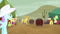 Ponies watching barrel racing S5E6