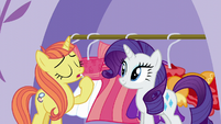 Posh Pony -it totally clashes with my complexion- S5E14