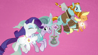Rarity and Applejack power elements with the Pillars S7E26
