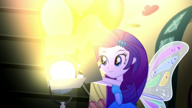 File:Rarity turning on a floodlight SS2.png