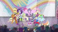 Sonic Rainbooms singing -Shake Your Tail!- EG2