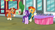 Stellar giving smoothies to Starlight and Sunburst S8E8