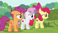 Sweetie Belle --doesn't look like any of us-- S6E14