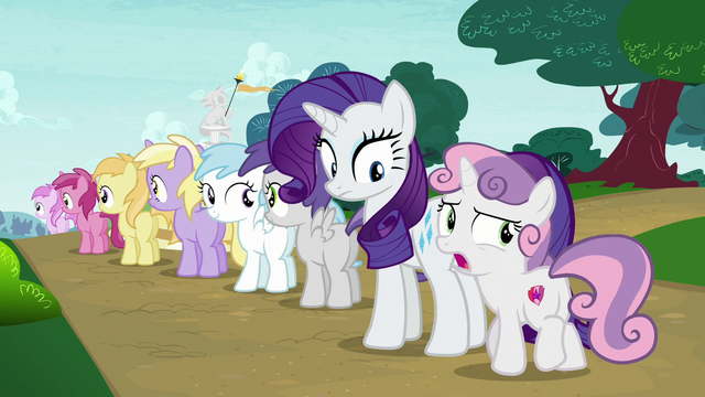 File:Sweetie Belle wants to check up on her friends S7E6.png