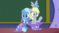 Trixie pulls Derpy out of her hat S8E15