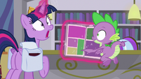 Twilight gasps with sudden realization S9E5