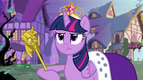 Twilight with robe and scepter S4E02