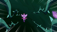 Vines speeding toward Twilight S4E2