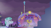 Rainbow and Pegasi fly into the sky again S9E17