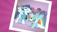 Soarin e Rainbow Dash T2E26