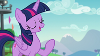 Twilight --thanks to Pinkie's connections organizing the Ponypalooza Rock Concert-- S5E24