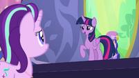 "Twilight Sparkle ""a second reason to celebrate"" S7E1"