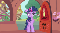 Twilight Sparkle exhausted S4E23