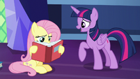Twilight Sparkle tells Fluttershy to take a break S7E20
