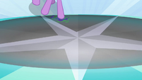 Twilight activates a trap S3E02