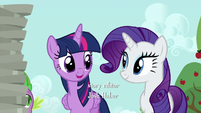 Twilight greets Rarity S6E10