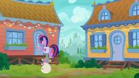 Twilight knocks on someone else's door S9E5