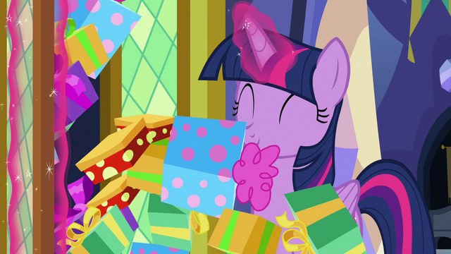 File:Twilight opens closet and presents fall out S7E3.png