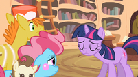 Twilight shaking head S2E13