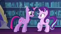 Twilight suddenly appears in front of Starlight S6E21