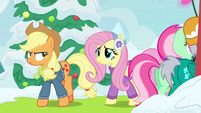 Applejack and Fluttershy go behind the tent MLPBGE