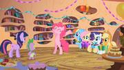 "Pinkie Pie ""Happy Birthday!"" S02E10"
