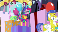 Pinkie Pie disguised as a pinata S9E4