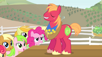 Pinkie Pie looking at Big Mac S4E14