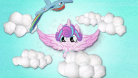 Rainbow Dash flies around Baby Flurry Heart BFHHS3