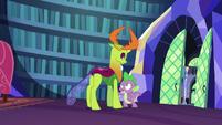 Spike -I gotta borrow Twilight quickly- S7E15