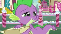 Spike praising Rarity for her selflessness S7E9