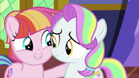 Toola Roola and Coconut Cream best of friends S7E14