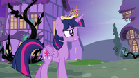 Twilight 'I saw something from a long time ago' S4E2