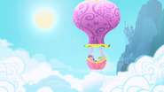 830px-Twilight Sparkle and Spike in balloon 2 S1 Opening