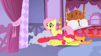 Apple Bloom and Scootaloo dashing in S01E17