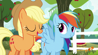 Applejack --until we find the best one-- S6E18