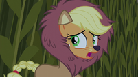Applejack hears something S5E21