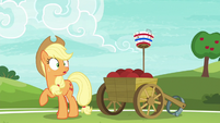 Applejack looking surprised at Pinkie S6E18